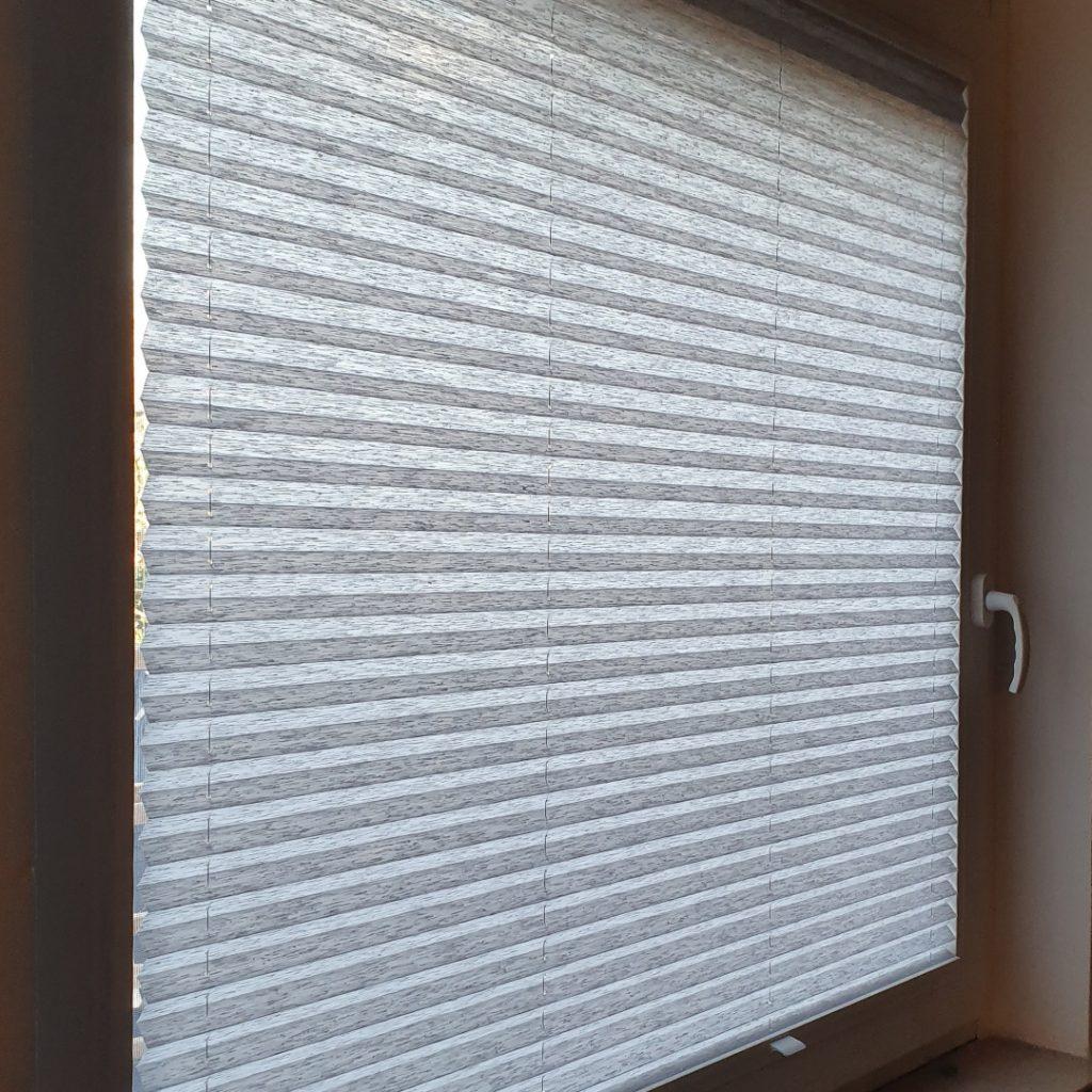 Notranje senčilo za okno