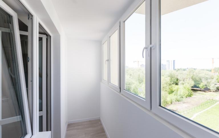 PVC okna REHAU
