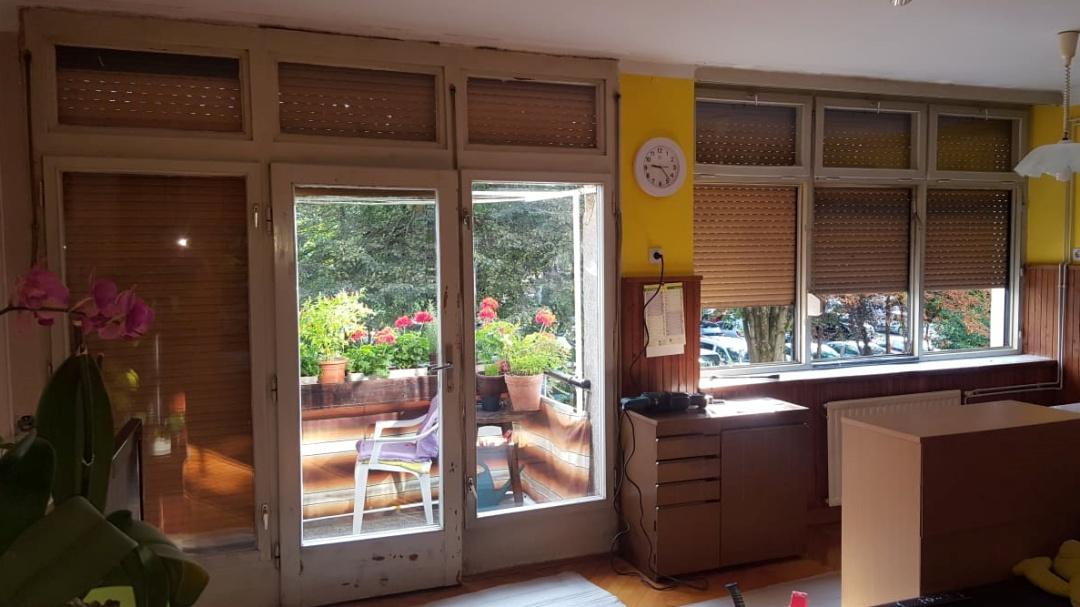 Okna in balkonski sklop pred zamenjavo